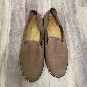 Sperry pink mauve leather loafer